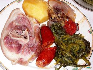 Копченый свиной окорок с репой