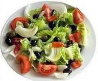 Салат с салатными листьями